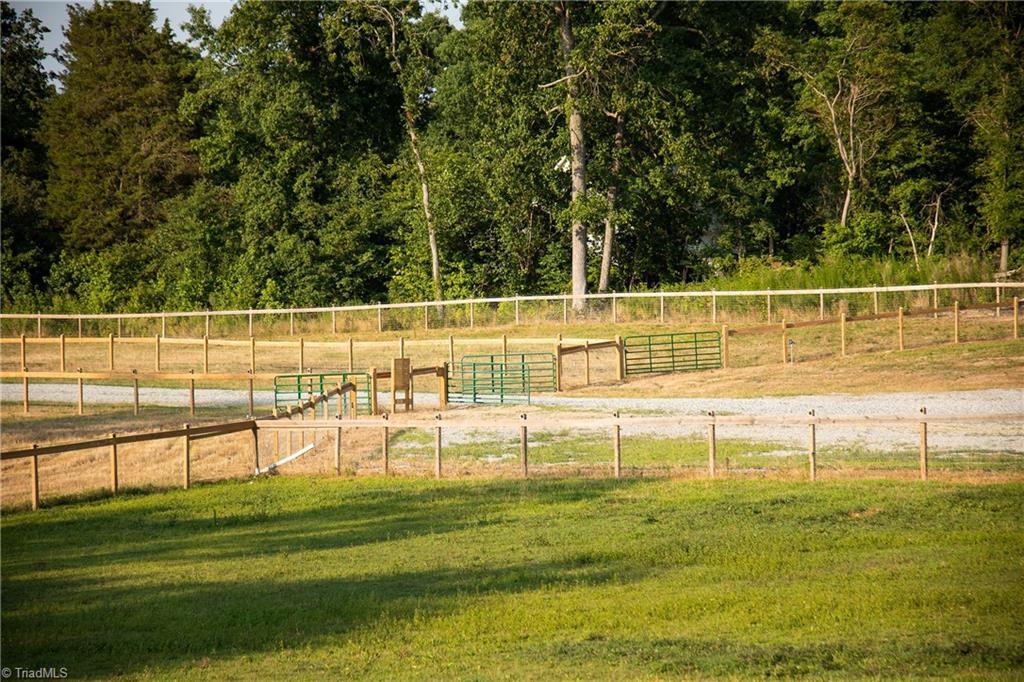 1531 W Nc Highway 62 Property Photo 37