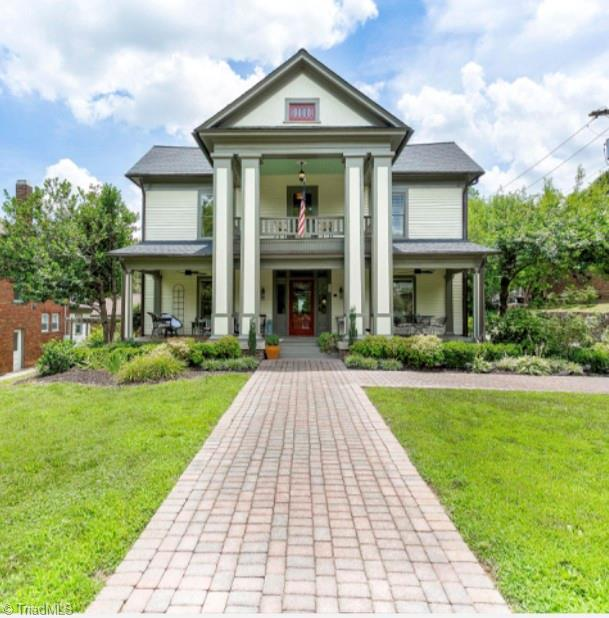 622 Davis Street Property Photo 1