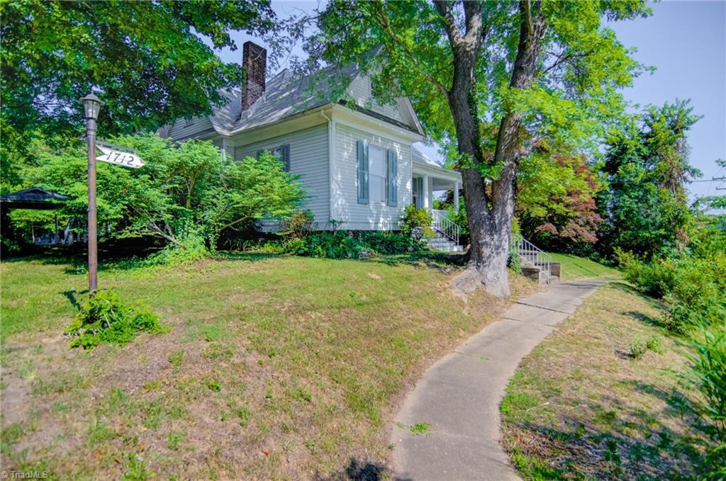 1712 S Main Street Property Photo