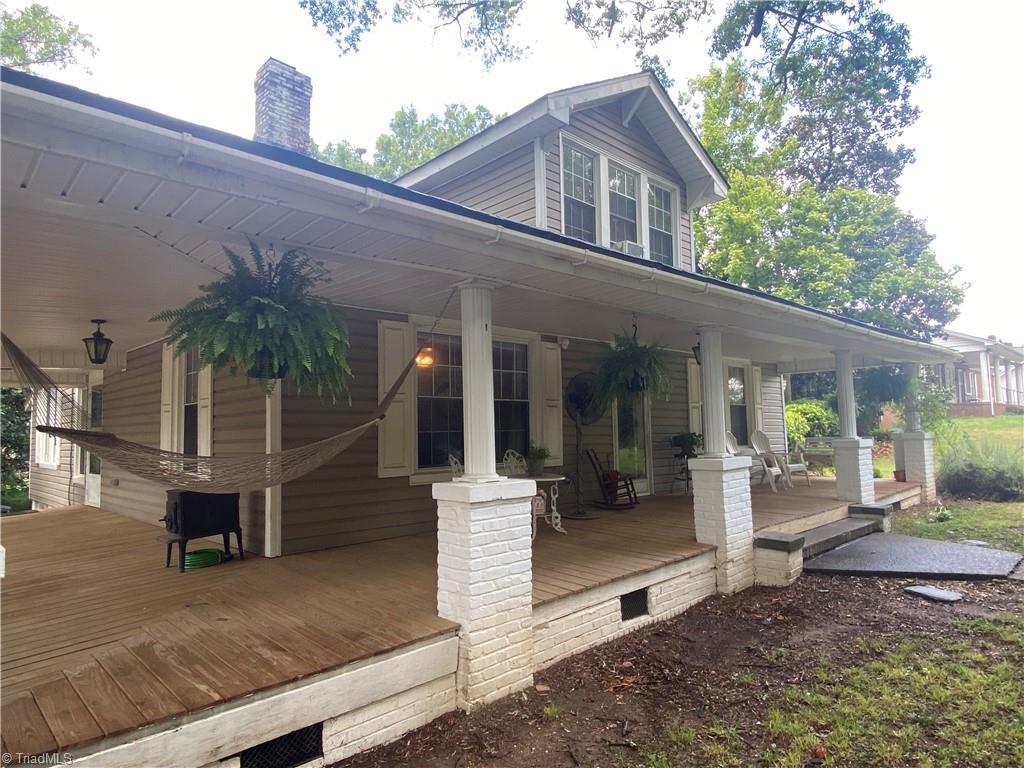 1430 Carolina Avenue Property Photo 1