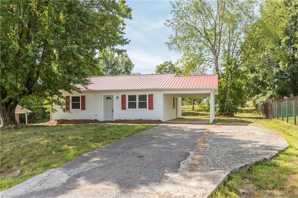 1084 Middlefork Drive Property Photo