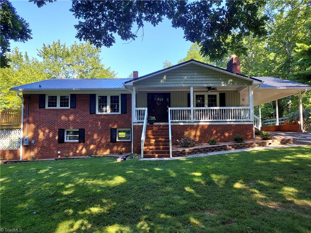 4370 Caraway Mountain Road Property Photo