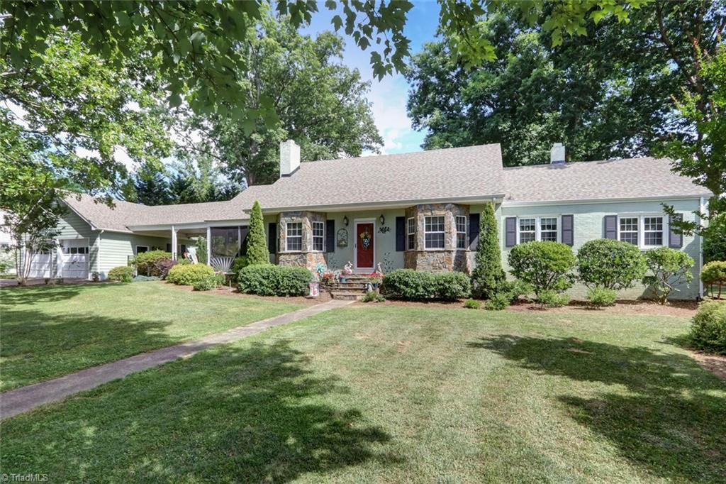 1333 Woodland Drive Property Photo 1