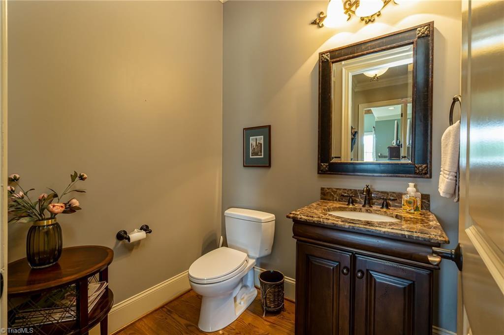 8886 Cravenwood Drive Property Photo 13