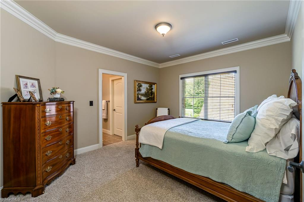 8886 Cravenwood Drive Property Photo 19