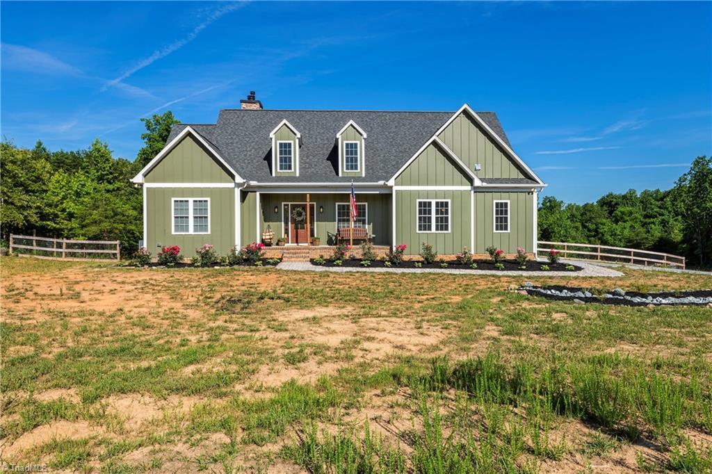 197 Lake Meadows Drive Property Photo 1