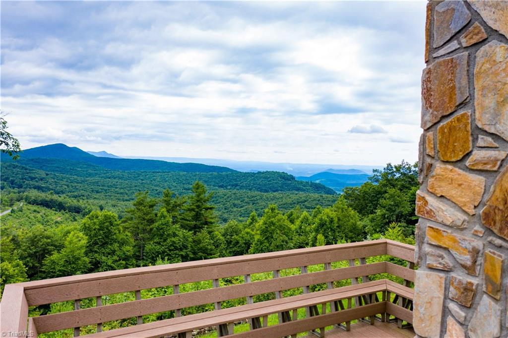 1053 Rich Hill Mountain Road Property Photo 5