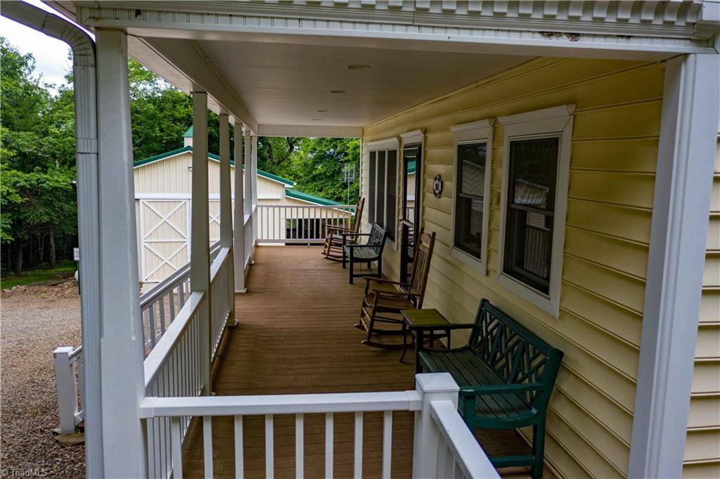 1053 Rich Hill Mountain Road Property Photo 7