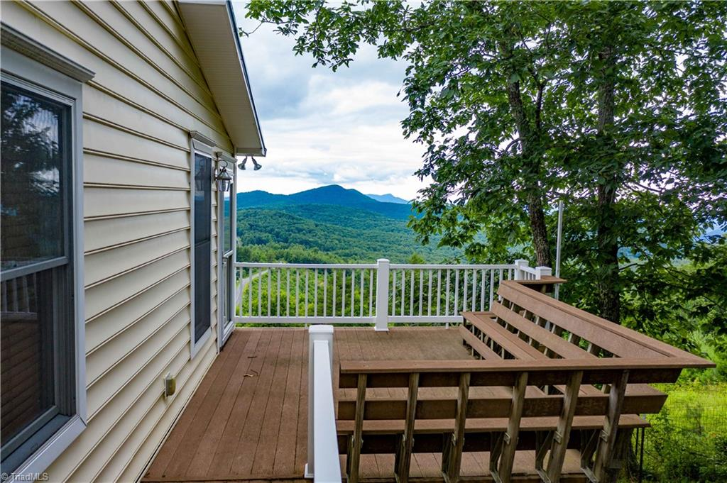 1053 Rich Hill Mountain Road Property Photo 8