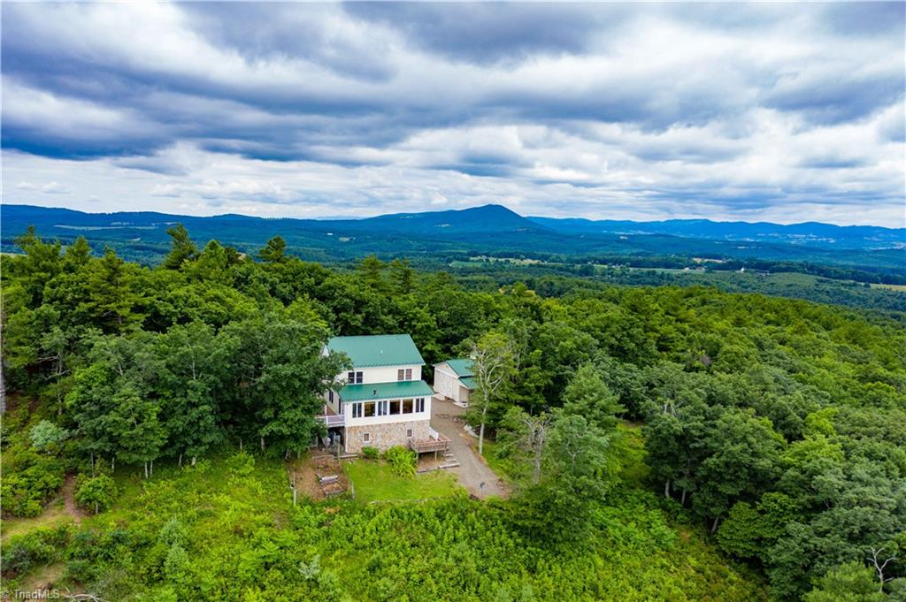 1053 Rich Hill Mountain Road Property Photo 10