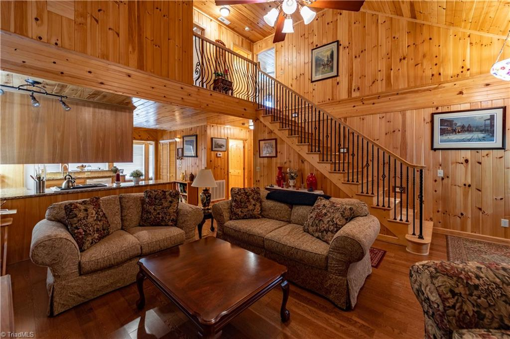 1053 Rich Hill Mountain Road Property Photo 15