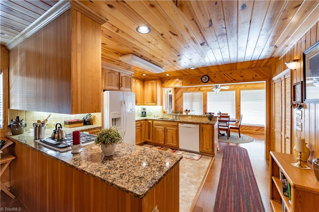 1053 Rich Hill Mountain Road Property Photo 16