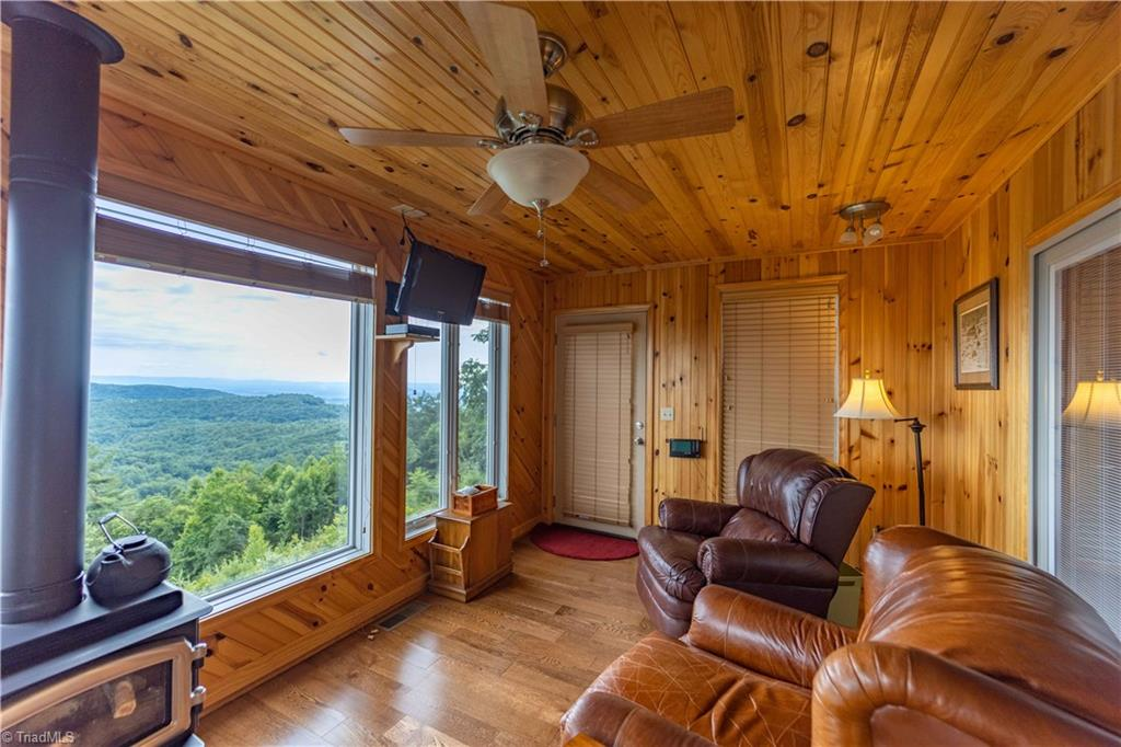 1053 Rich Hill Mountain Road Property Photo 22
