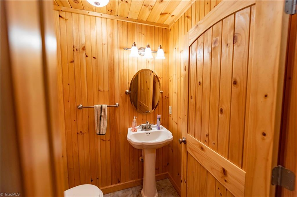 1053 Rich Hill Mountain Road Property Photo 23