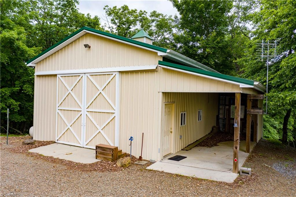 1053 Rich Hill Mountain Road Property Photo 41