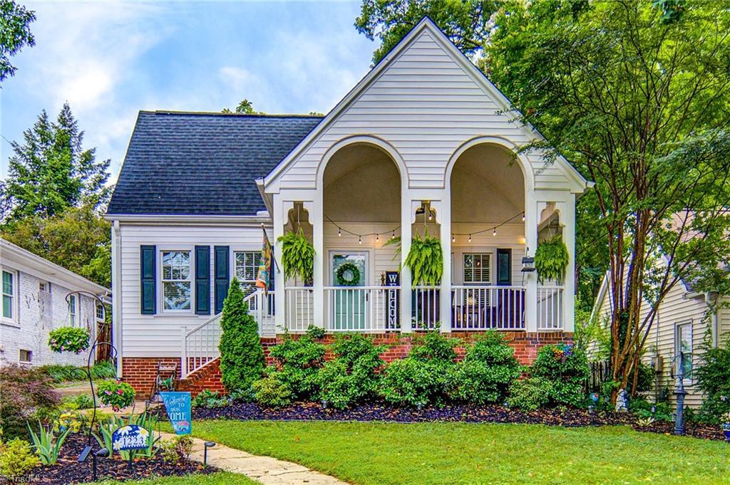 1223 S Hawthorne Road Property Photo