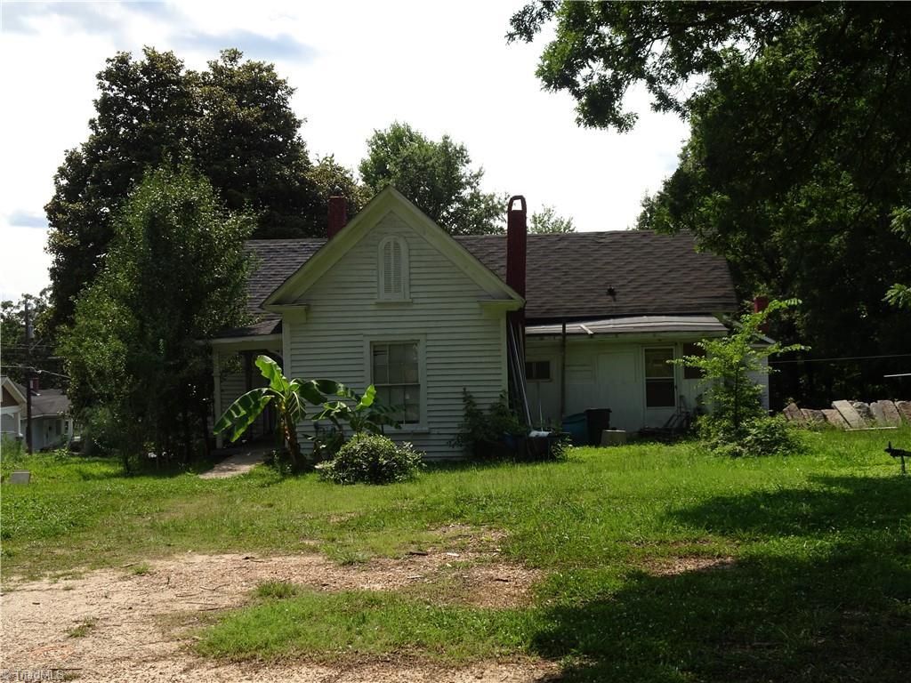 409 E Whittington Street Property Photo 2