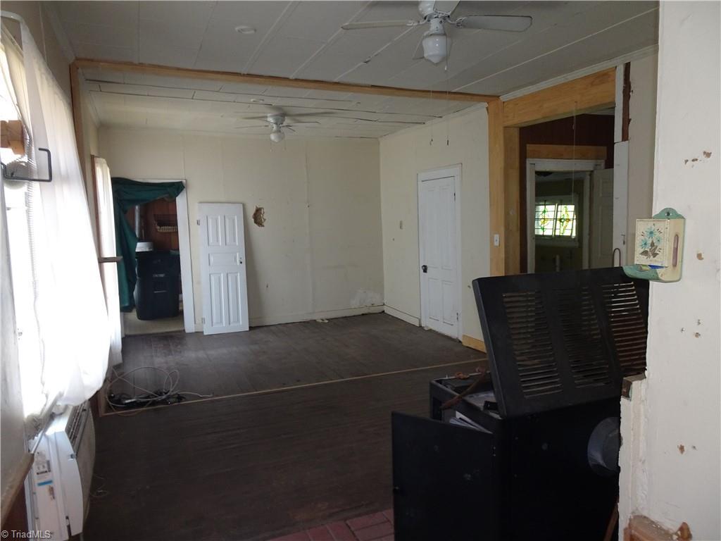 409 E Whittington Street Property Photo 11