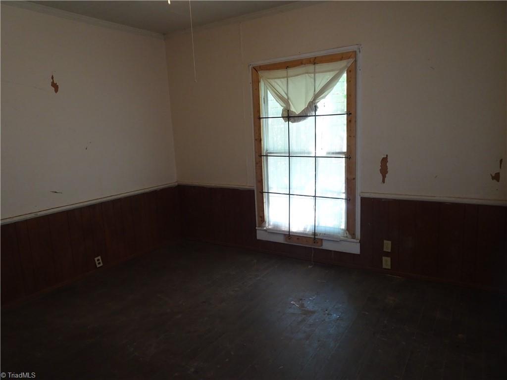 409 E Whittington Street Property Photo 13