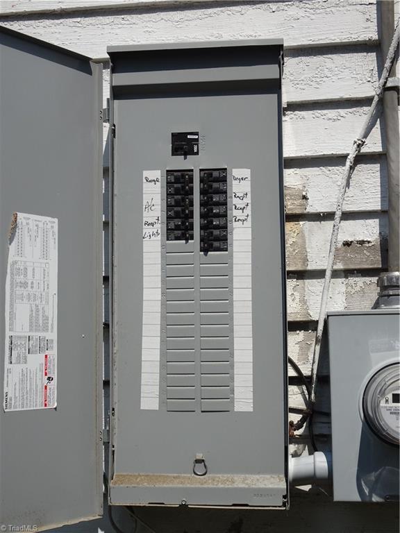 409 E Whittington Street Property Photo 15