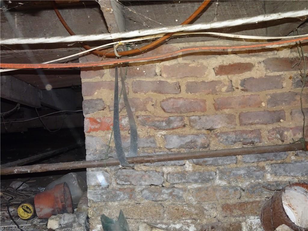 409 E Whittington Street Property Photo 18