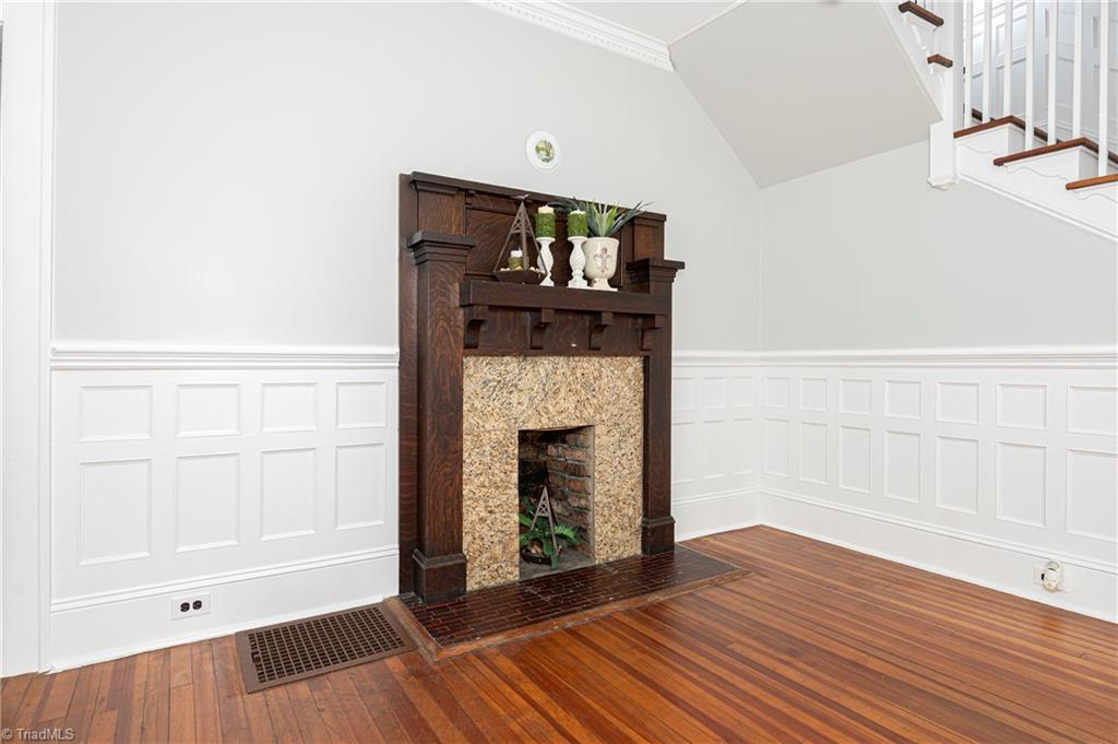 18 E Banner Avenue Property Picture 7