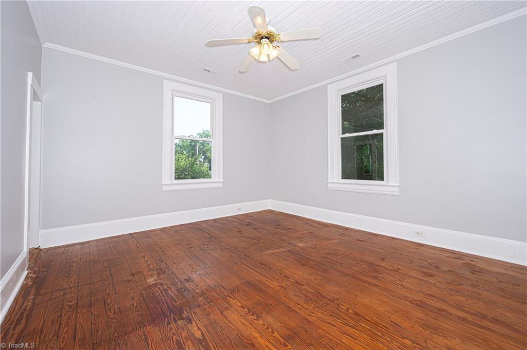 18 E Banner Avenue Property Picture 17