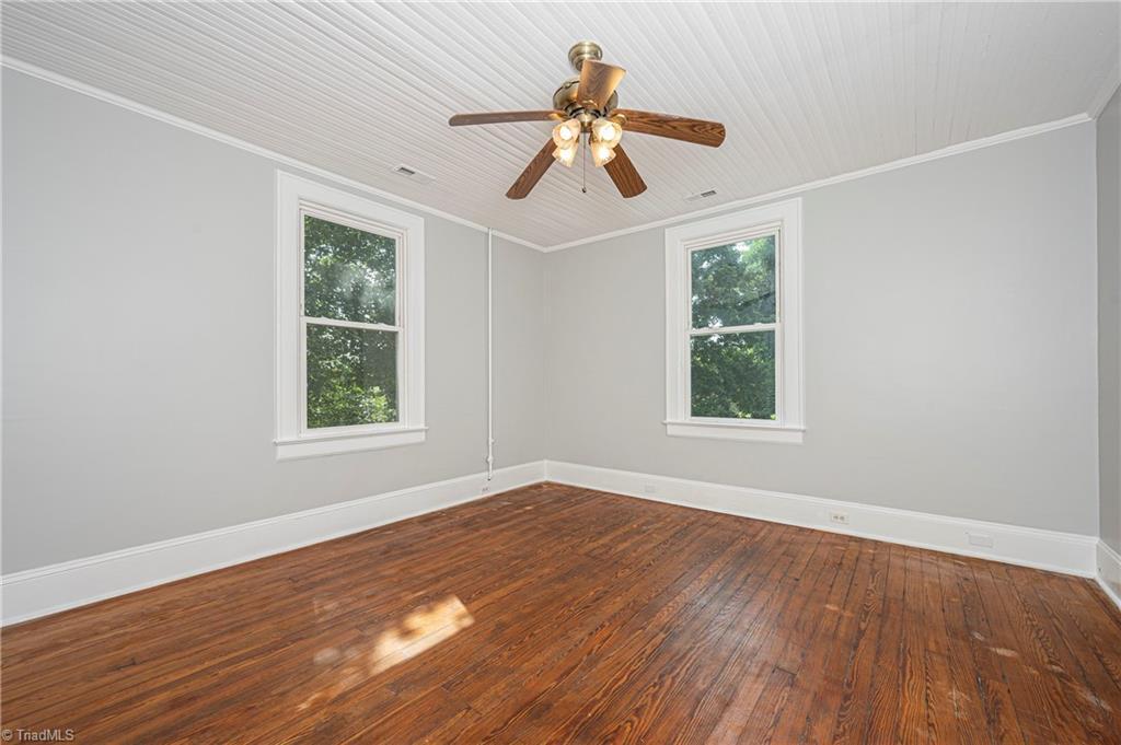 18 E Banner Avenue Property Picture 20