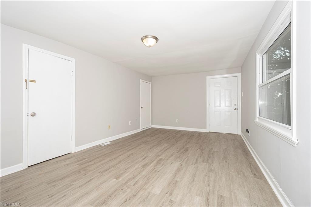 18 E Banner Avenue Property Picture 24