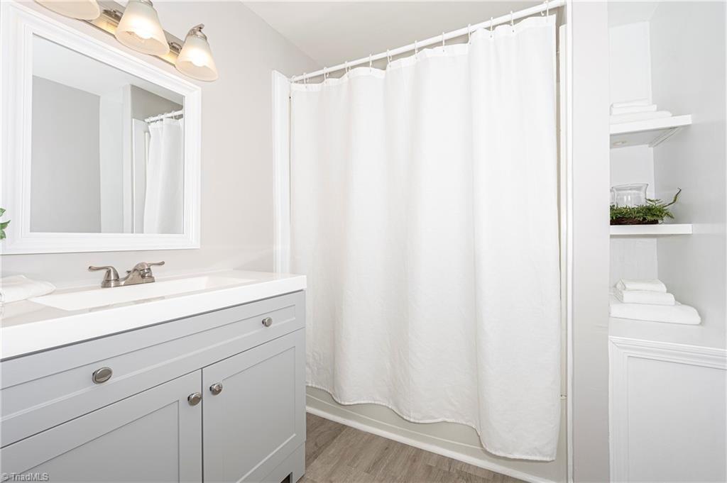 18 E Banner Avenue Property Picture 25