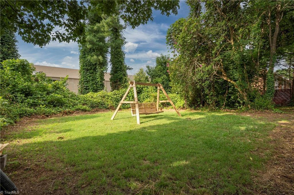 18 E Banner Avenue Property Picture 28