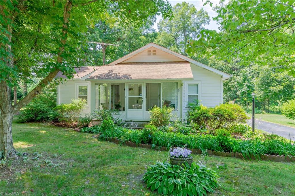 Archdale Park Real Estate Listings Main Image