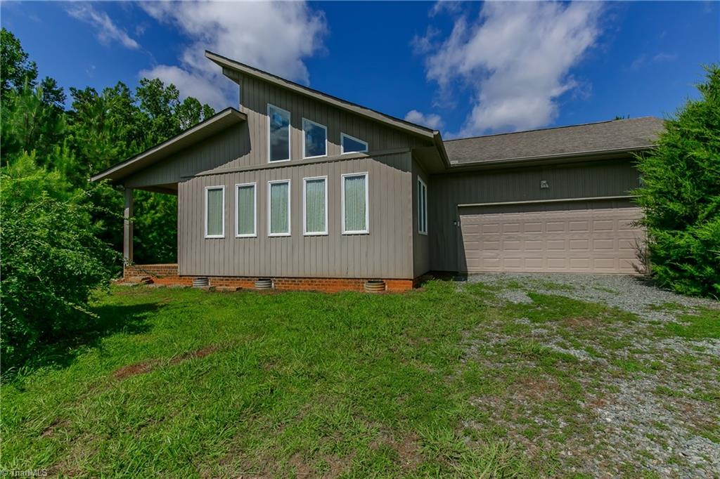 5165 E Greensboro Chapel Hill Road Property Photo 1