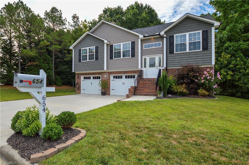 654 Marigold Drive Property Photo 1