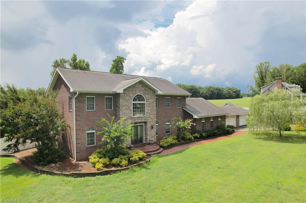 266 Rhinewood Lane Property Photo 1