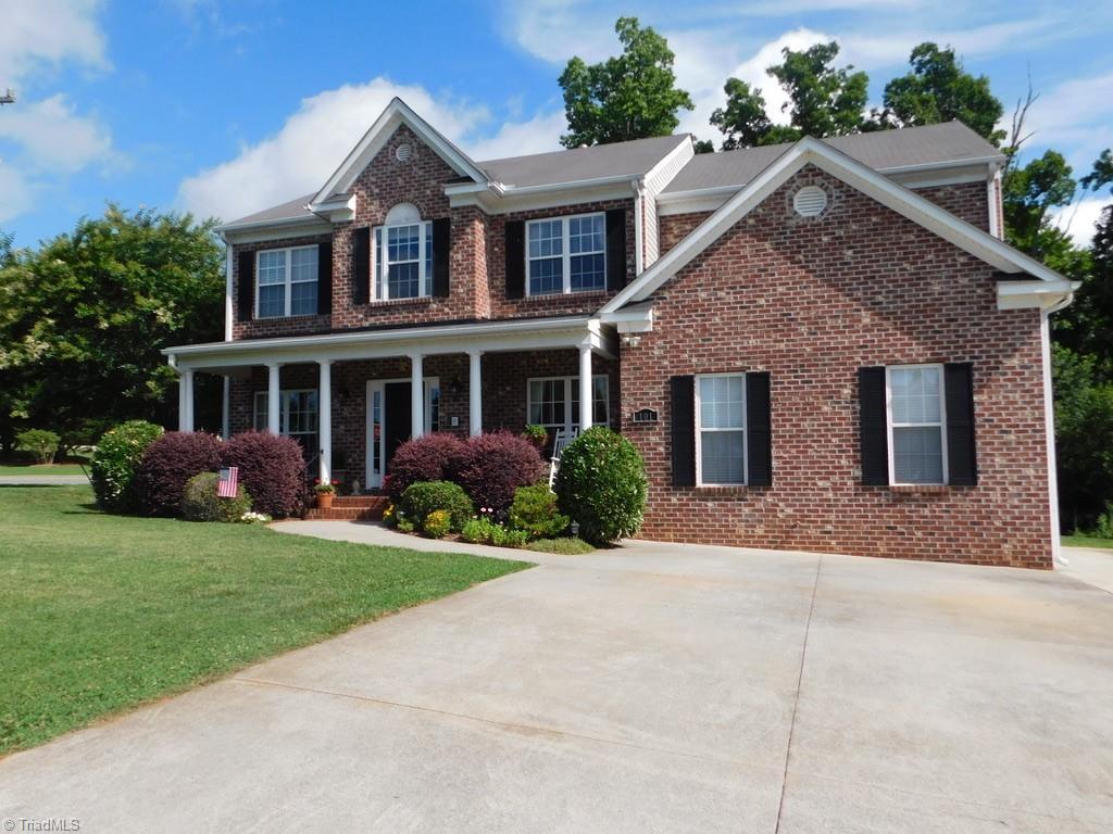 101 Oakmont Lane Property Photo 1