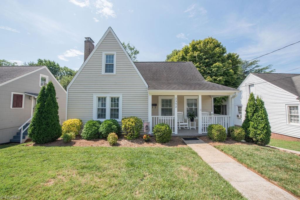 2392 Jefferson Avenue Property Photo
