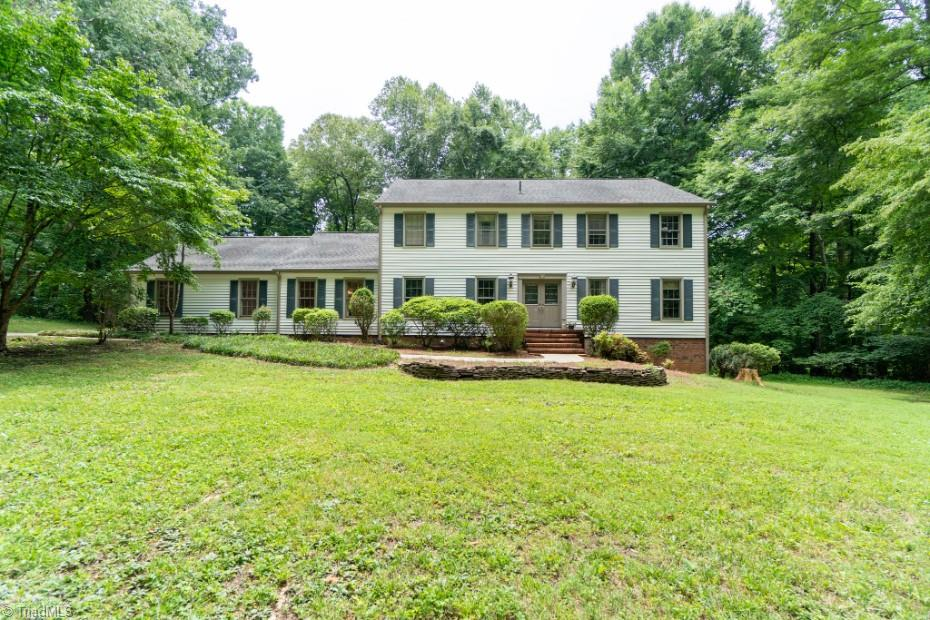 109 Crest Hill Road Property Photo