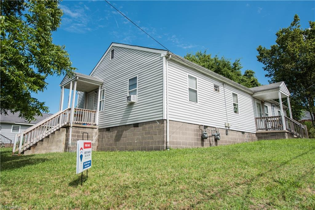 1017 Bragg Street Property Photo
