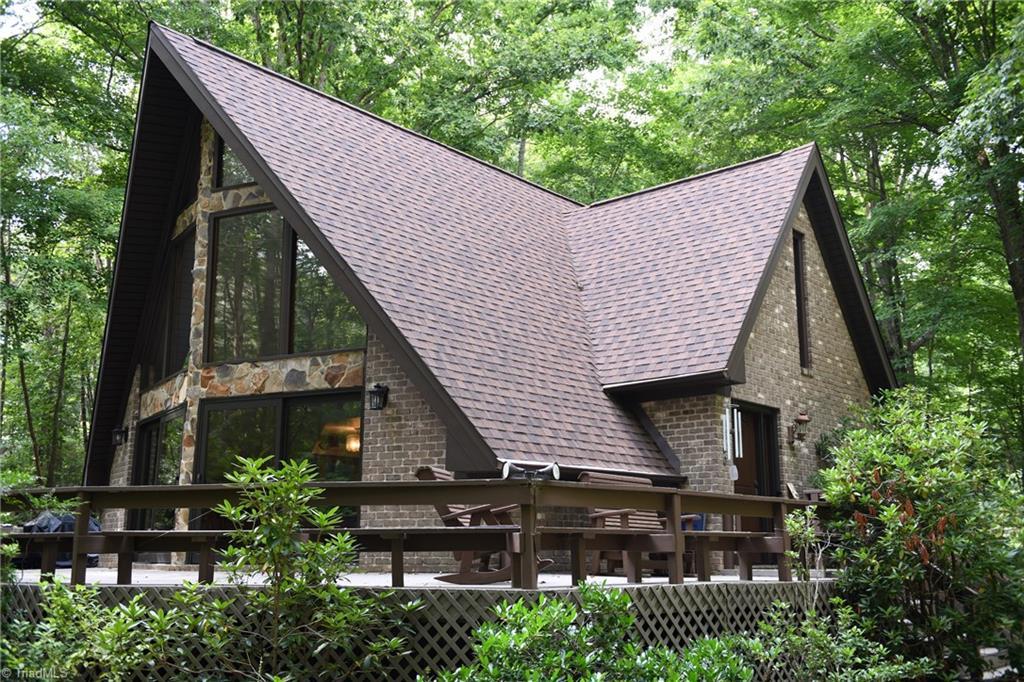 7600 Oak Valley Lane Property Photo 1