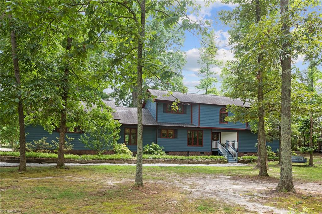 625 Mccray Road Property Photo 1