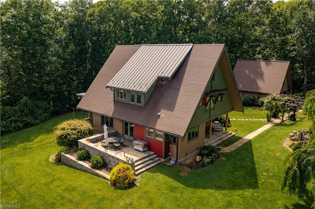 185 Effie's Knob Lane Property Photo 1