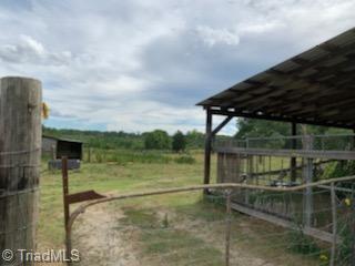 000 Davis Road Property Photo