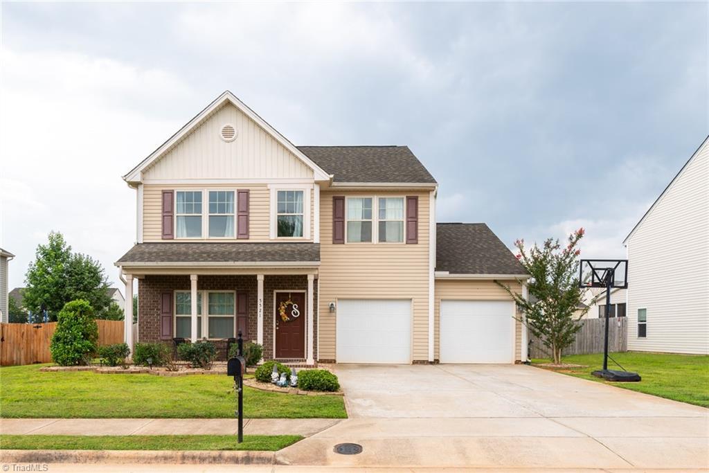 5521 Oakgate Drive Property Photo