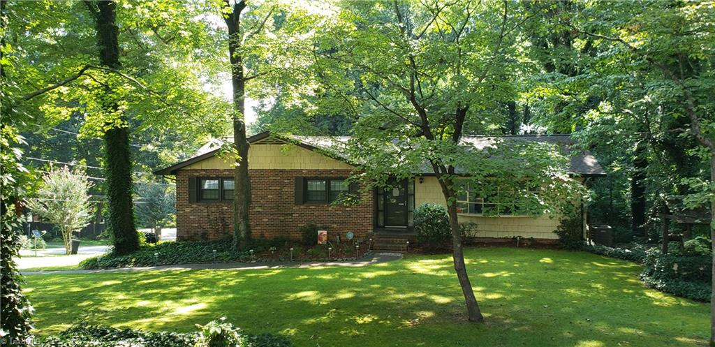 5531 Pinebrook Lane Property Photo