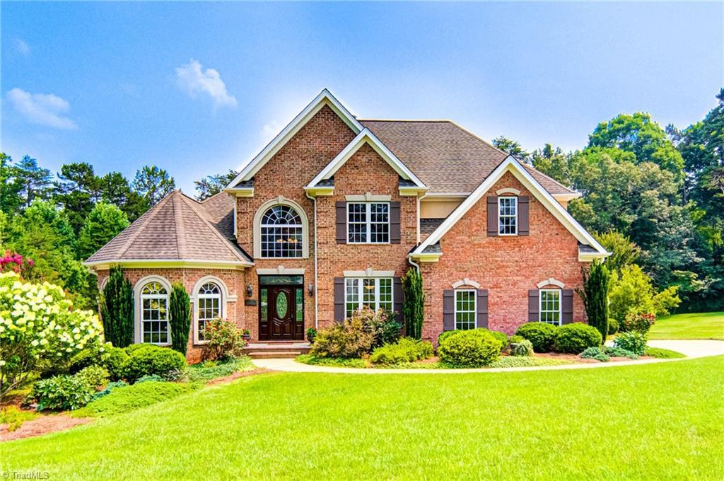 27045 Real Estate Listings Main Image