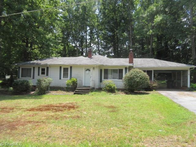 124 Pinecrest Drive Property Photo 1