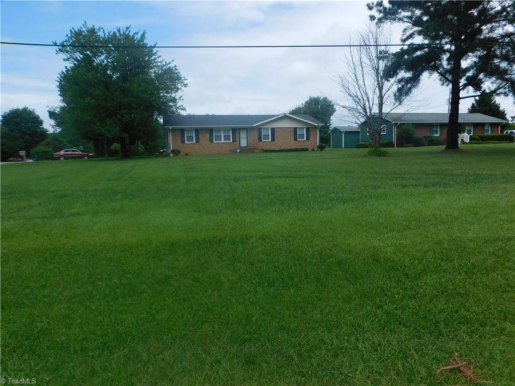 4701 Nc Highway 150 Property Photo 1