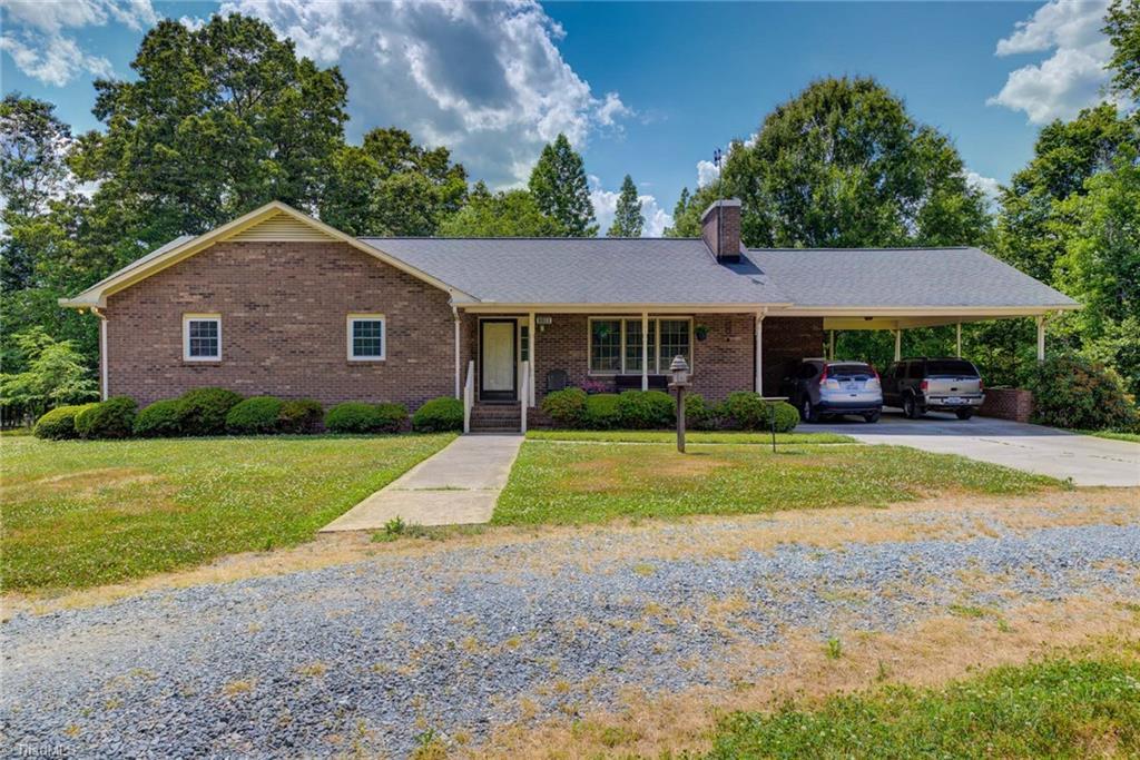 1100 Woodland Drive Property Photo
