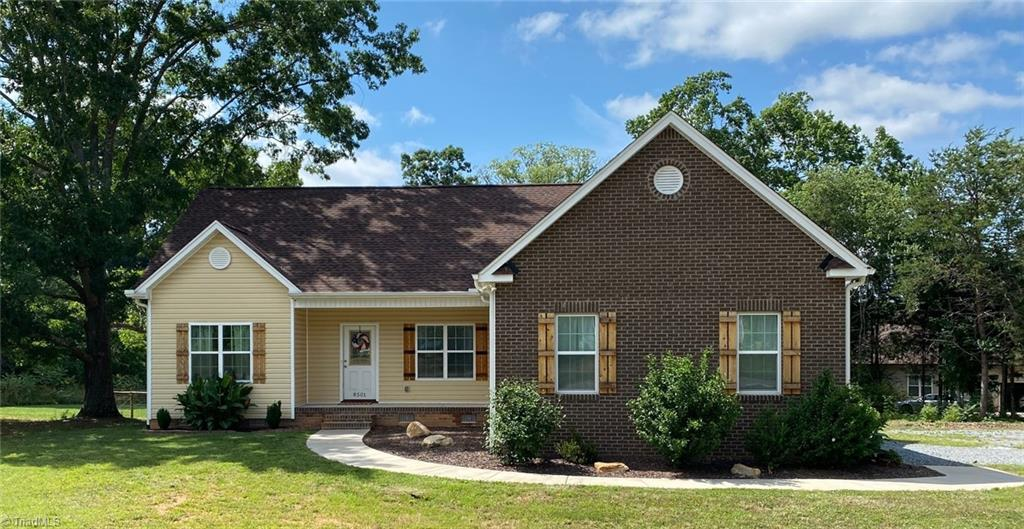 8501 Richardsonwood Road Property Photo 1